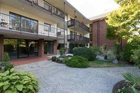 "Main Photo: 112 155 E 5TH Street in North Vancouver: Lower Lonsdale Condo for sale in ""WINCHESTER ESTATES"" : MLS®# R2124740"