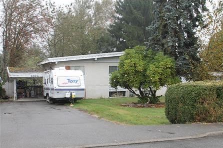 Main Photo: 2890 - 2892 BABICH Street in Abbotsford: Central Abbotsford House Duplex for sale : MLS®# R2163295
