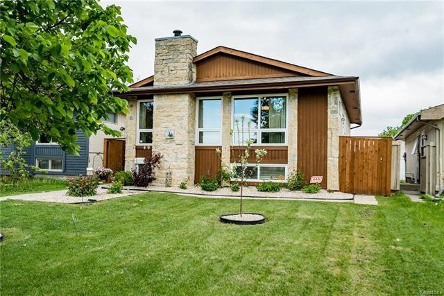 Main Photo: 49 Mapleridge Avenue in Winnipeg: Fort Richmond Residential for sale (1K)  : MLS®# 1812052