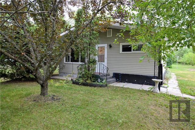 Main Photo: 270 Kernstead Road: Winnipeg Beach Residential for sale (R26)  : MLS®# 1821319