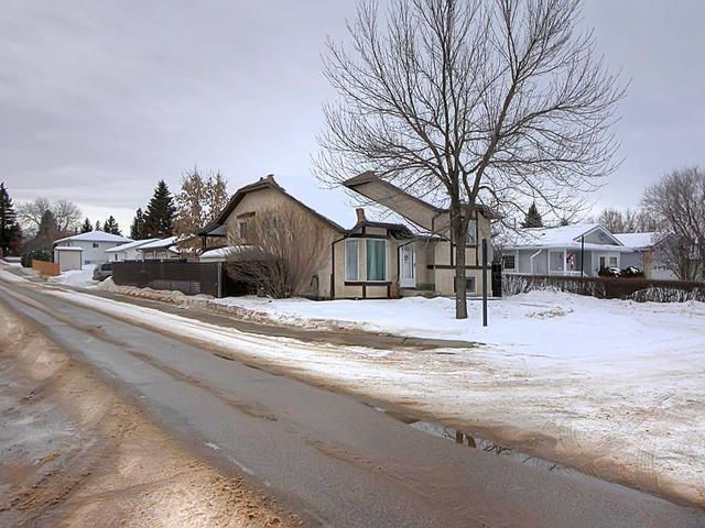 Main Photo: 5422 46 Street: Stony Plain House for sale : MLS®# E4141926