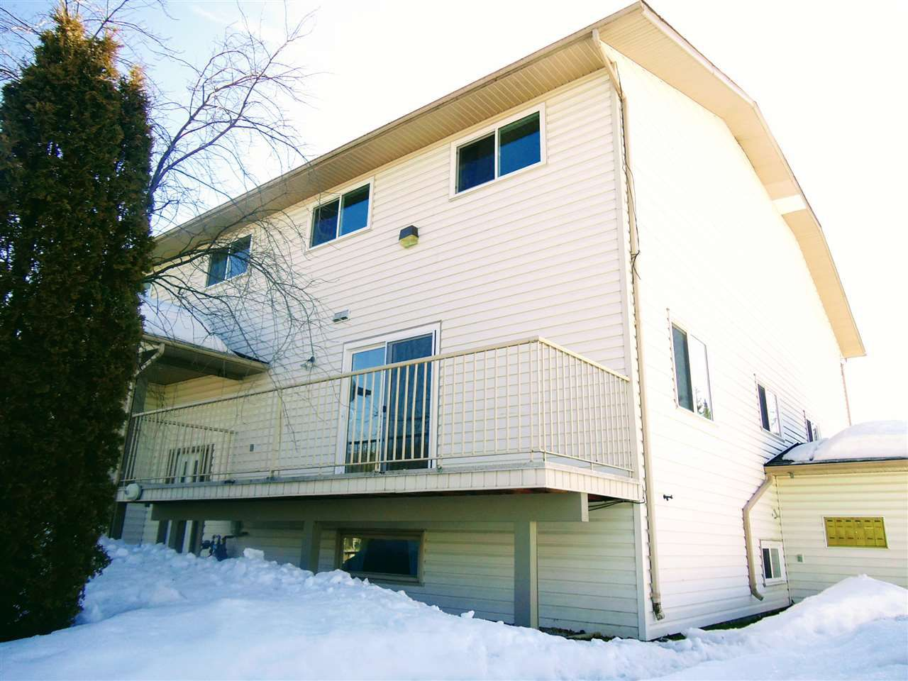 Main Photo: 130 4045 22ND Avenue in Prince George: Pinewood Townhouse for sale (PG City West (Zone 71))  : MLS®# R2352301