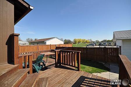 Photo 19: Photos: 181 Tu-Pelo Avenue in Winnipeg: Residential for sale (Valley Gardens)  : MLS®# 1109071