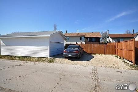 Photo 20: Photos: 181 Tu-Pelo Avenue in Winnipeg: Residential for sale (Valley Gardens)  : MLS®# 1109071