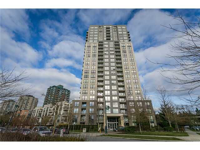 """Main Photo: 801 3663 CROWLEY Drive in Vancouver: Collingwood VE Condo for sale in """"LATITUDE"""" (Vancouver East)  : MLS®# V1040256"""
