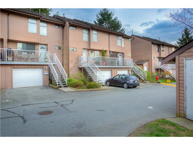 "Main Photo: 433 CARLSEN Place in Port Moody: North Shore Pt Moody Townhouse for sale in ""EAGLE POINT"" : MLS®# V1059452"