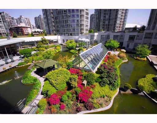 Main Photo: # 603 1199 MARINASIDE CR in Vancouver: Yaletown Condo for sale (Vancouver West)  : MLS®# V597877
