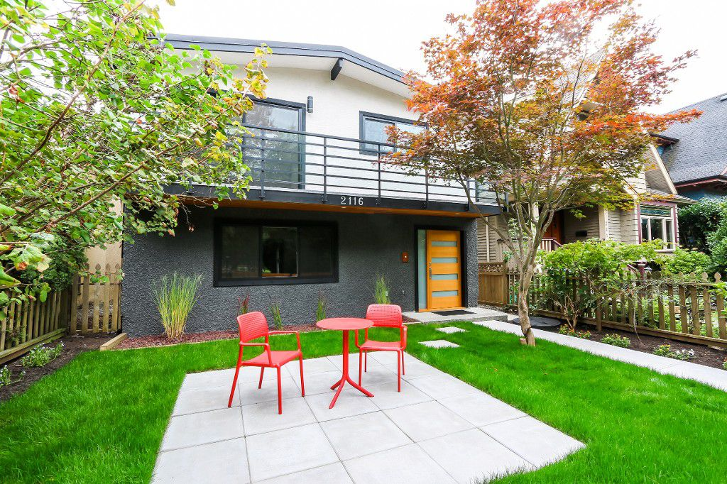 "Main Photo: 2116 E 19TH Avenue in Vancouver: Grandview VE House for sale in ""TROUT LAKE"" (Vancouver East)  : MLS®# V1088233"