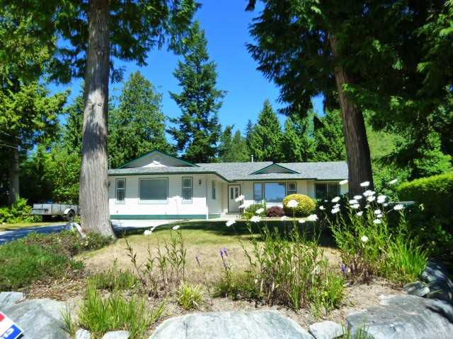 Main Photo: 8068 DOGWOOD Drive in Halfmoon Bay: Halfmn Bay Secret Cv Redroofs House for sale (Sunshine Coast)  : MLS®# V1131505