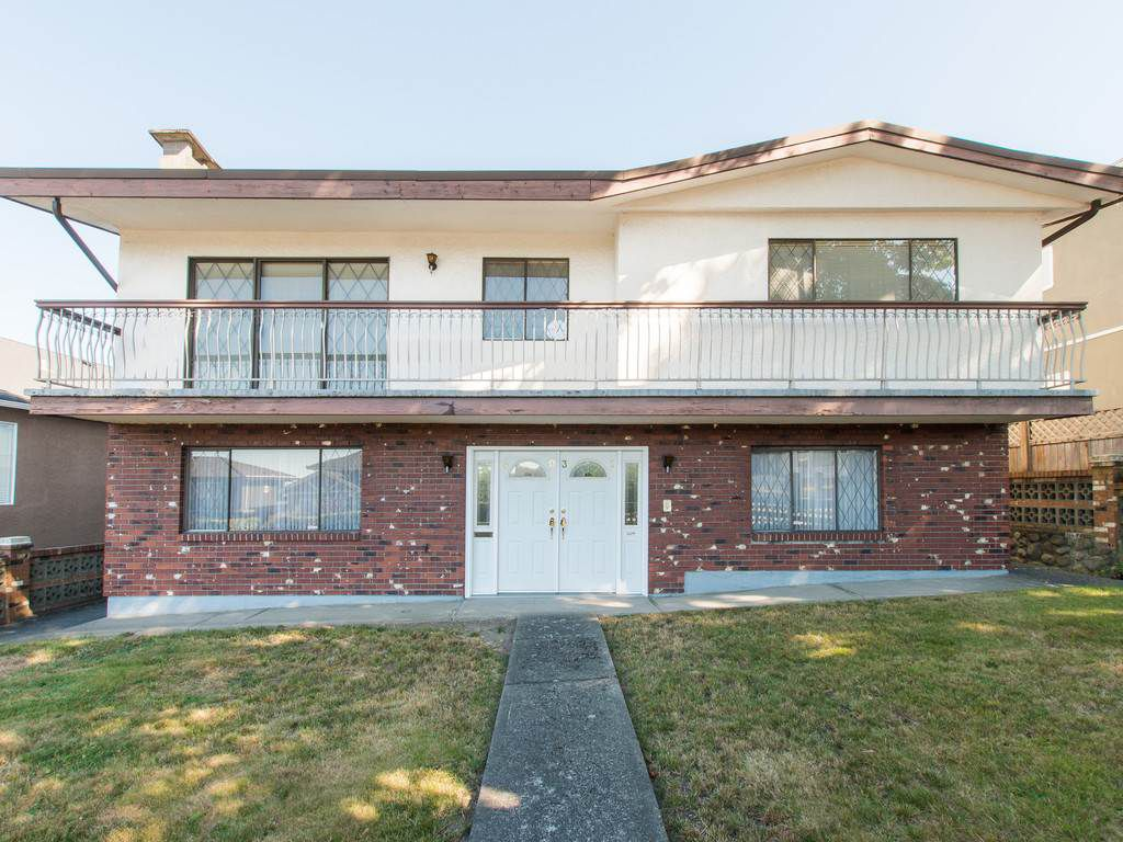 Main Photo: 4031 PARKER Street in Burnaby: Willingdon Heights House for sale (Burnaby North)  : MLS®# R2103797