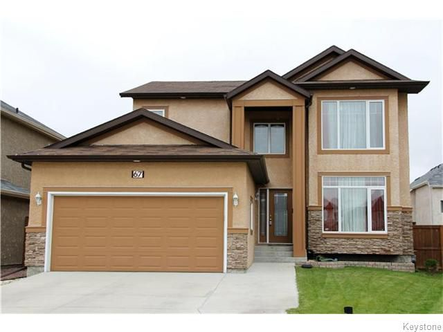 Main Photo: 67 Mike Ruta Court in Winnipeg: Amber Trails Residential for sale (4F)  : MLS®# 1626848
