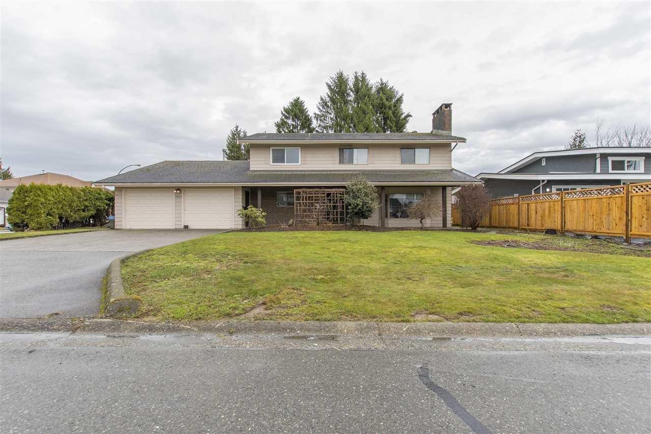 Main Photo: 9990 MERRITT Drive in Chilliwack: Fairfield Island House for sale : MLS®# R2146339