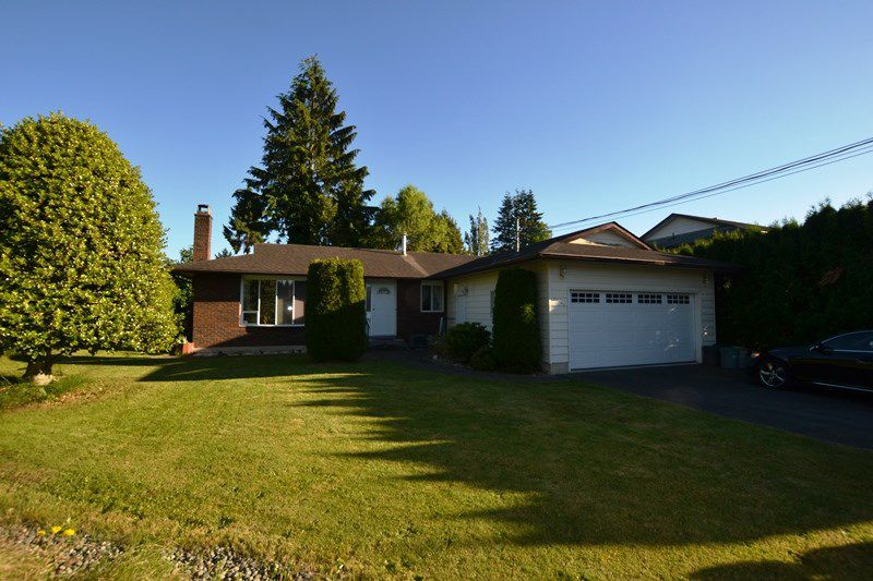 Main Photo: 33490 KIRK Avenue in Abbotsford: Poplar House for sale : MLS®# R2180766