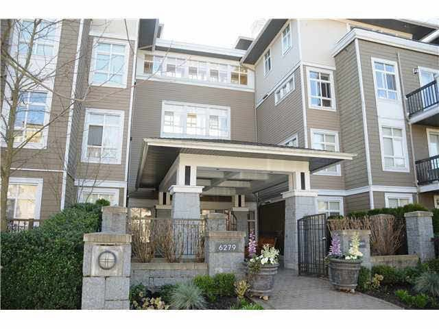 "Main Photo: 412 6279 EAGLES Drive in Vancouver: University VW Condo for sale in ""The Reflections"" (Vancouver West)  : MLS®# R2236251"
