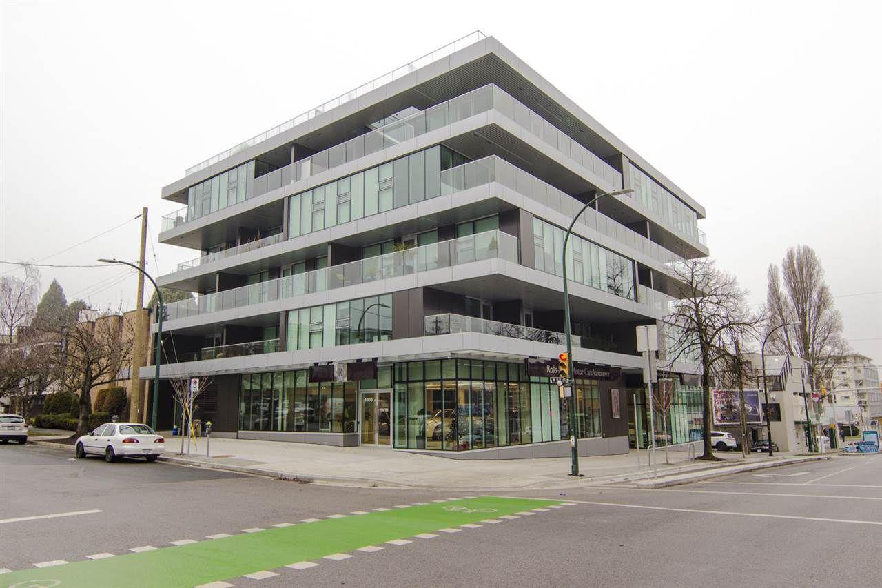 Main Photo: 402 1819 W 5TH AVENUE in Vancouver: Kitsilano Condo for sale (Vancouver West)  : MLS®# R2230290