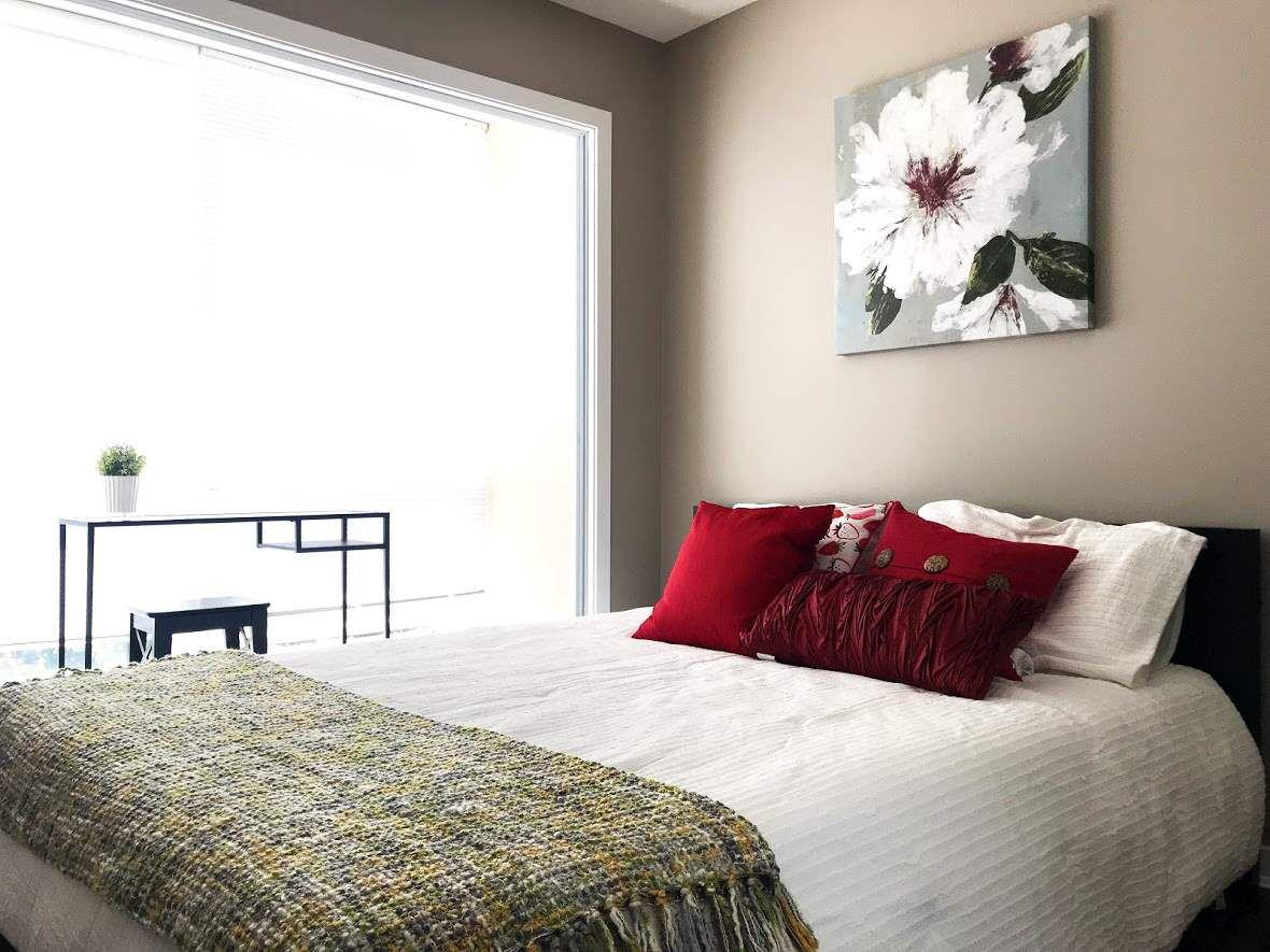 Main Photo: 1901 13618 100 Avenue in Surrey: Whalley Condo for sale (North Surrey)  : MLS®# R2270072