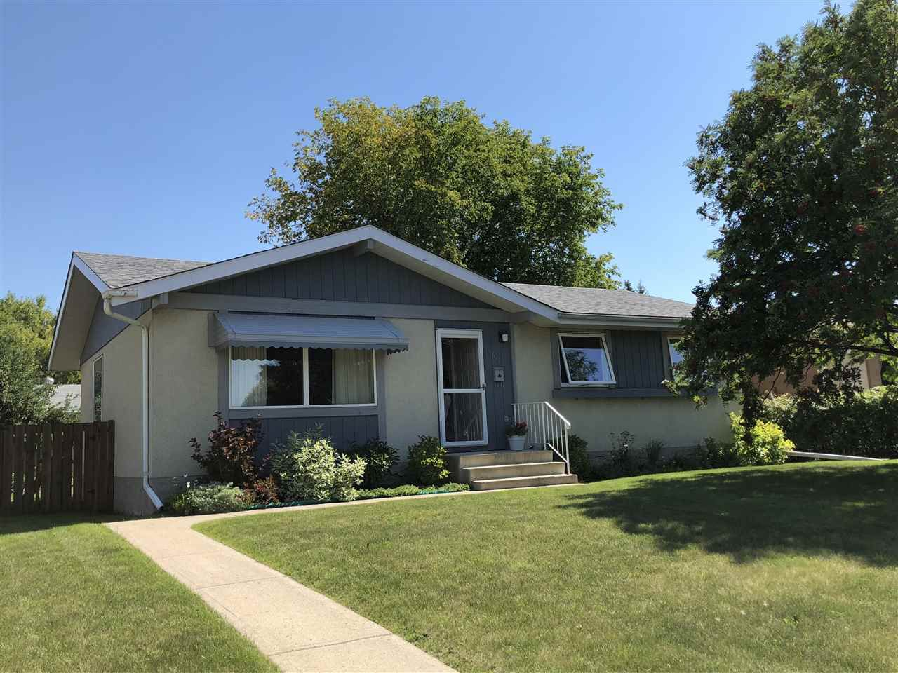 Main Photo: 5617 55A Street: Wetaskiwin House for sale : MLS®# E4124512