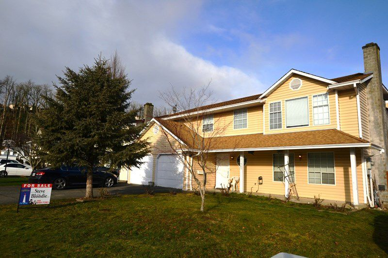 """Main Photo: 31867 MAYNE Avenue in Abbotsford: Abbotsford West House for sale in """"CLEARBROOK"""" : MLS®# R2335307"""