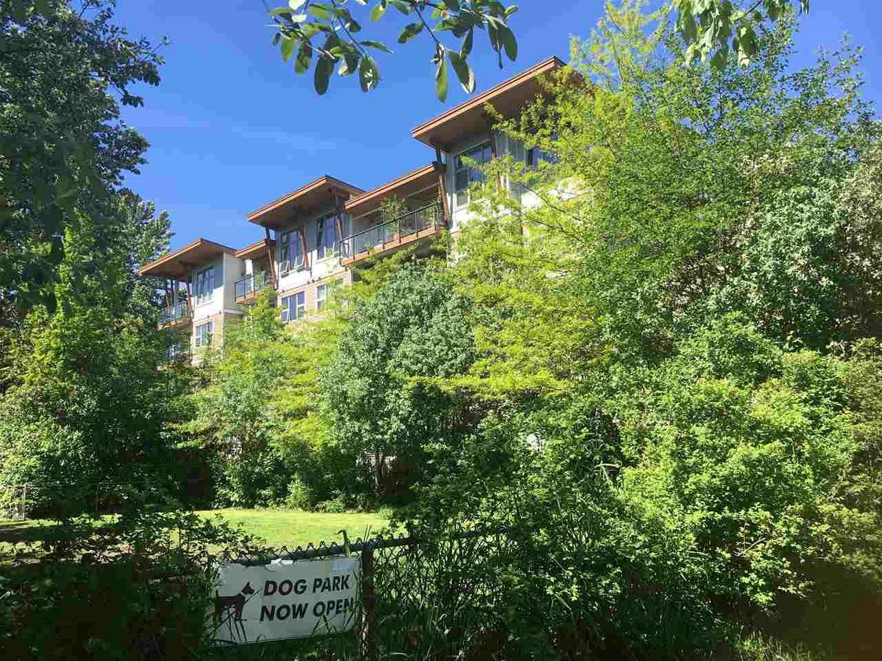 "Main Photo: 408 1150 BAILEY Street in Squamish: Downtown SQ Condo for sale in ""Parkhouse"" : MLS®# R2344161"