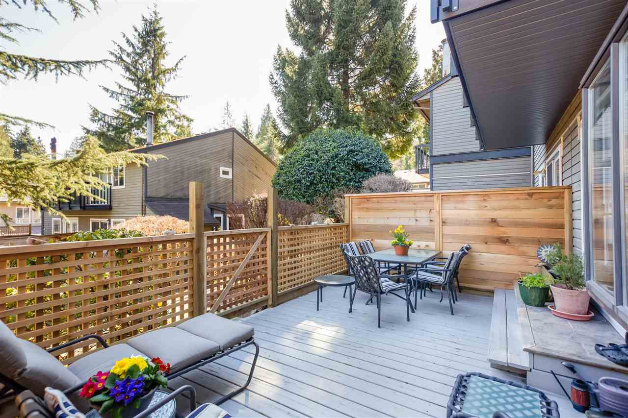 """Main Photo: 2627 FROMME Road in North Vancouver: Lynn Valley Townhouse for sale in """"Forestlynn"""" : MLS®# R2351501"""
