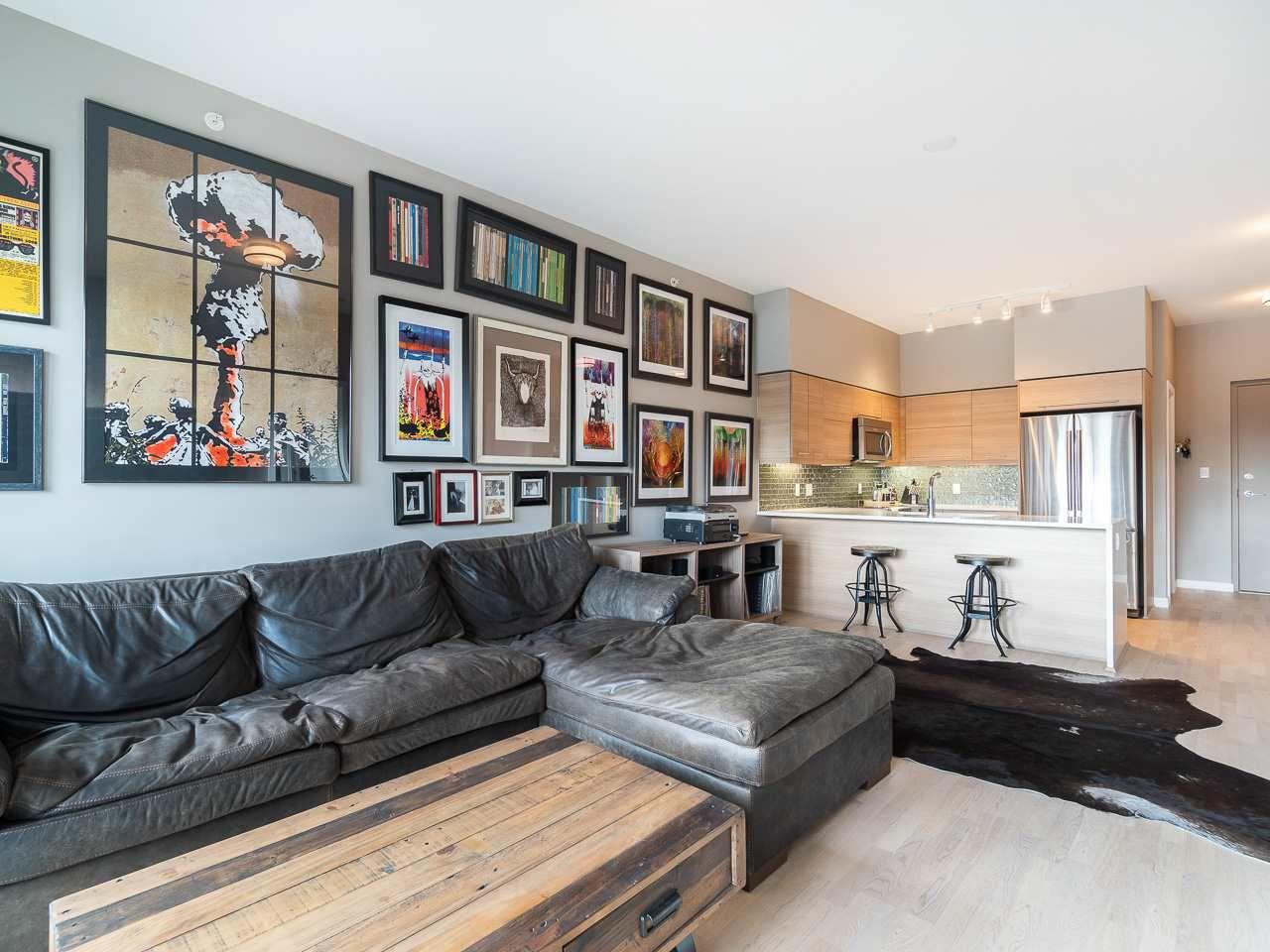 """Main Photo: 405 317 BEWICKE Avenue in North Vancouver: Hamilton Condo for sale in """"700 Marine"""" : MLS®# R2362582"""