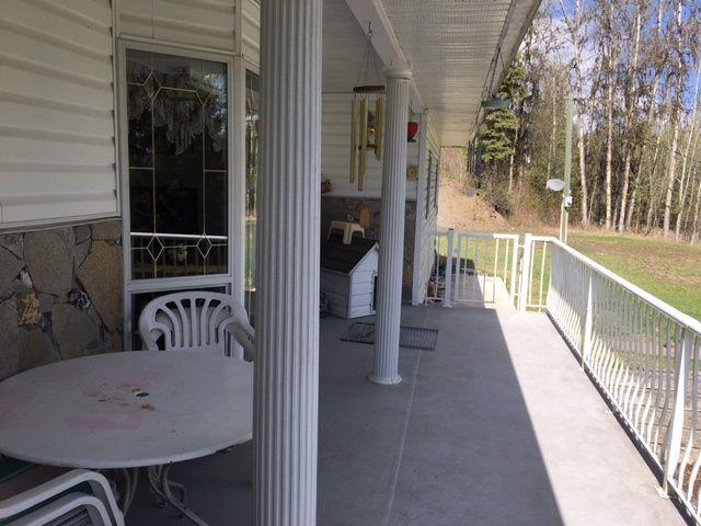 "Photo 2: Photos: 1650 PATCHETT Road in Quesnel: Bouchie Lake House for sale in ""BOUCHIE LAKE"" (Quesnel (Zone 28))  : MLS®# R2368012"