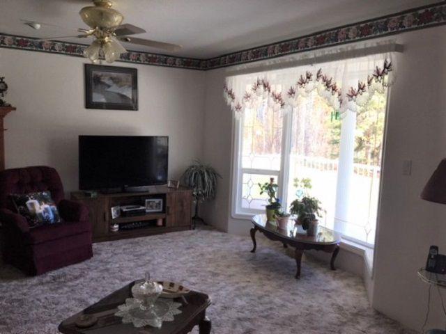 "Photo 12: Photos: 1650 PATCHETT Road in Quesnel: Bouchie Lake House for sale in ""BOUCHIE LAKE"" (Quesnel (Zone 28))  : MLS®# R2368012"
