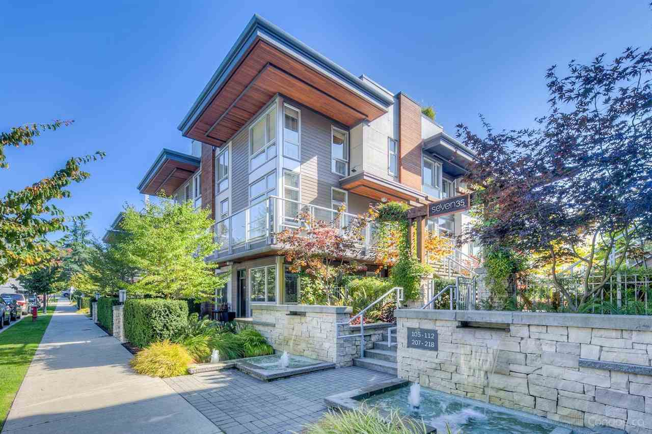 "Main Photo: 215 735 WEST 15TH Street in North Vancouver: Mosquito Creek Townhouse for sale in ""Seven 35"" : MLS®# R2387259"
