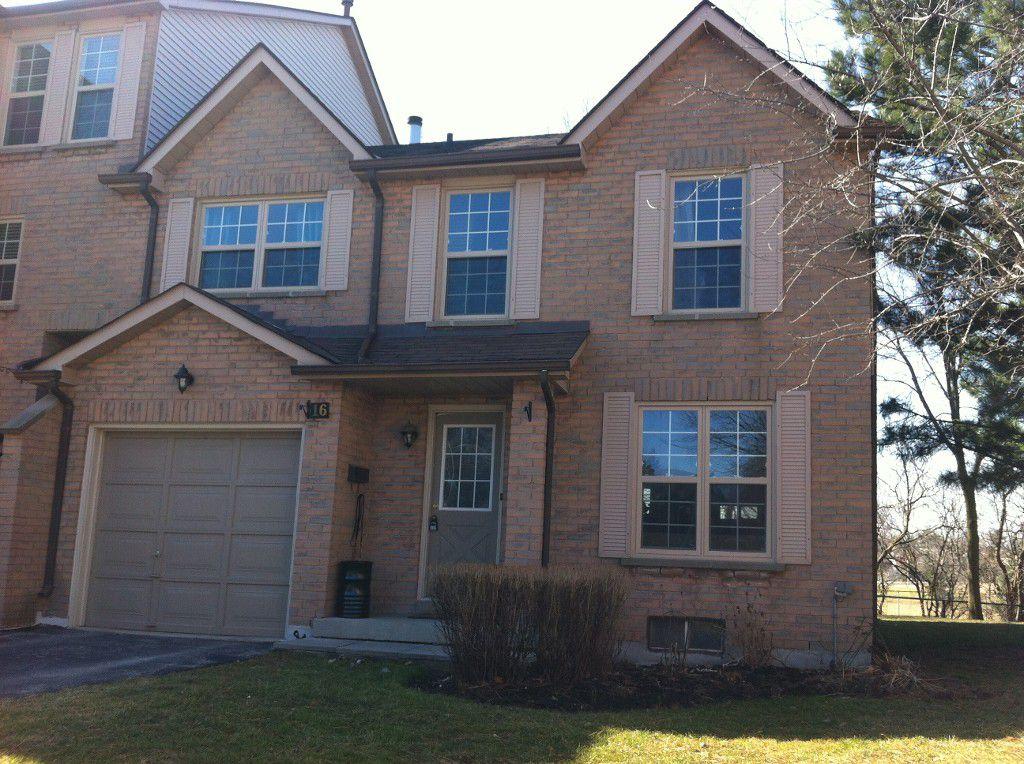 Main Photo: 2272 Mowat in Oakville: Condo for sale