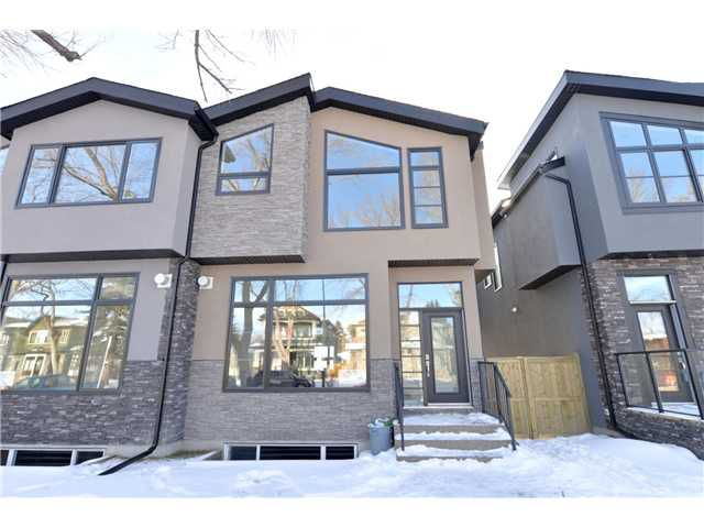 Main Photo: 329 18 Avenue NW in CALGARY: Mount Pleasant Residential Attached for sale (Calgary)  : MLS®# C3594923