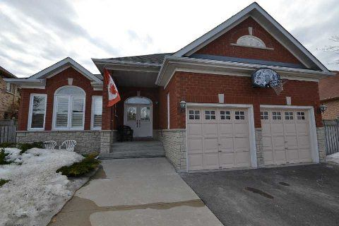 Main Photo: Sierra Court Maple, On L6A 2Y7 Vaughan House For Sale Marie Commisso