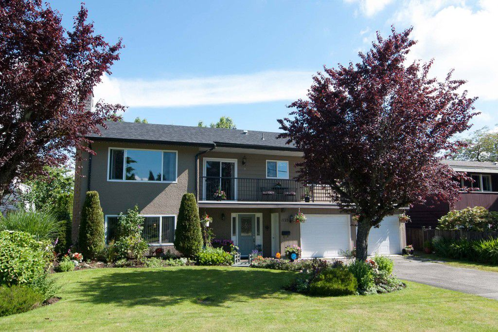 Main Photo: 1123 GROVER Avenue in Coquitlam: Central Coquitlam House for sale : MLS®# V1072521