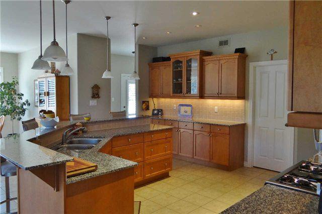 Photo 16: Photos: 40 Blue Heron Drive in Mono: Rural Mono House (Bungaloft) for sale : MLS®# X3355920