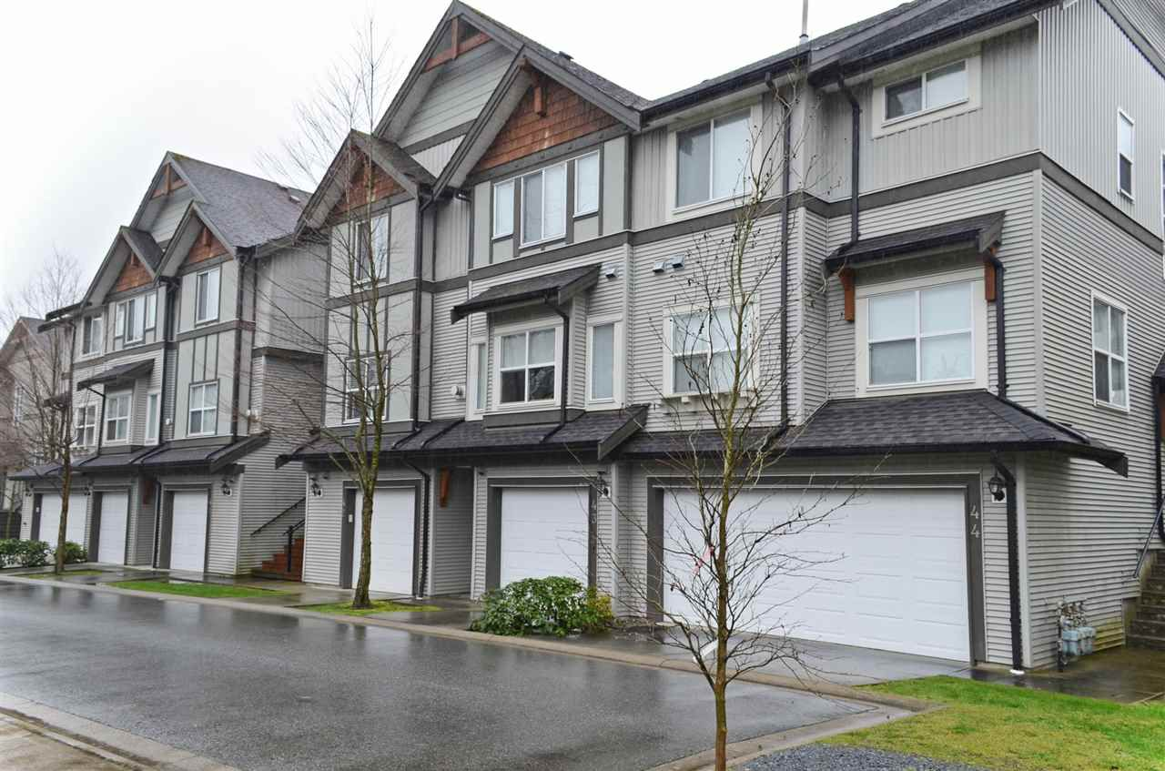 "Main Photo: 42 1055 RIVERWOOD Gate in Port Coquitlam: Riverwood Townhouse for sale in ""MOUNTAIN VIEW ESTATES"" : MLS®# R2034947"