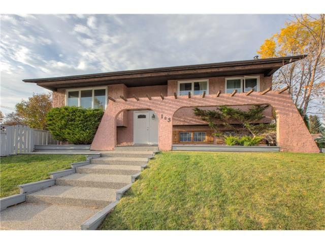 Main Photo: 103 MADDOCK Way NE in Calgary: Marlborough Park House for sale : MLS®# C4084354