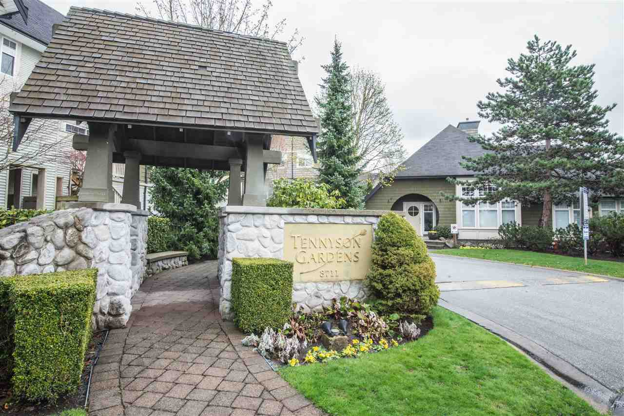 "Main Photo: 22 3711 ROBSON Court in Richmond: Terra Nova Townhouse for sale in ""Tennyson Gardens"" : MLS®# R2154262"
