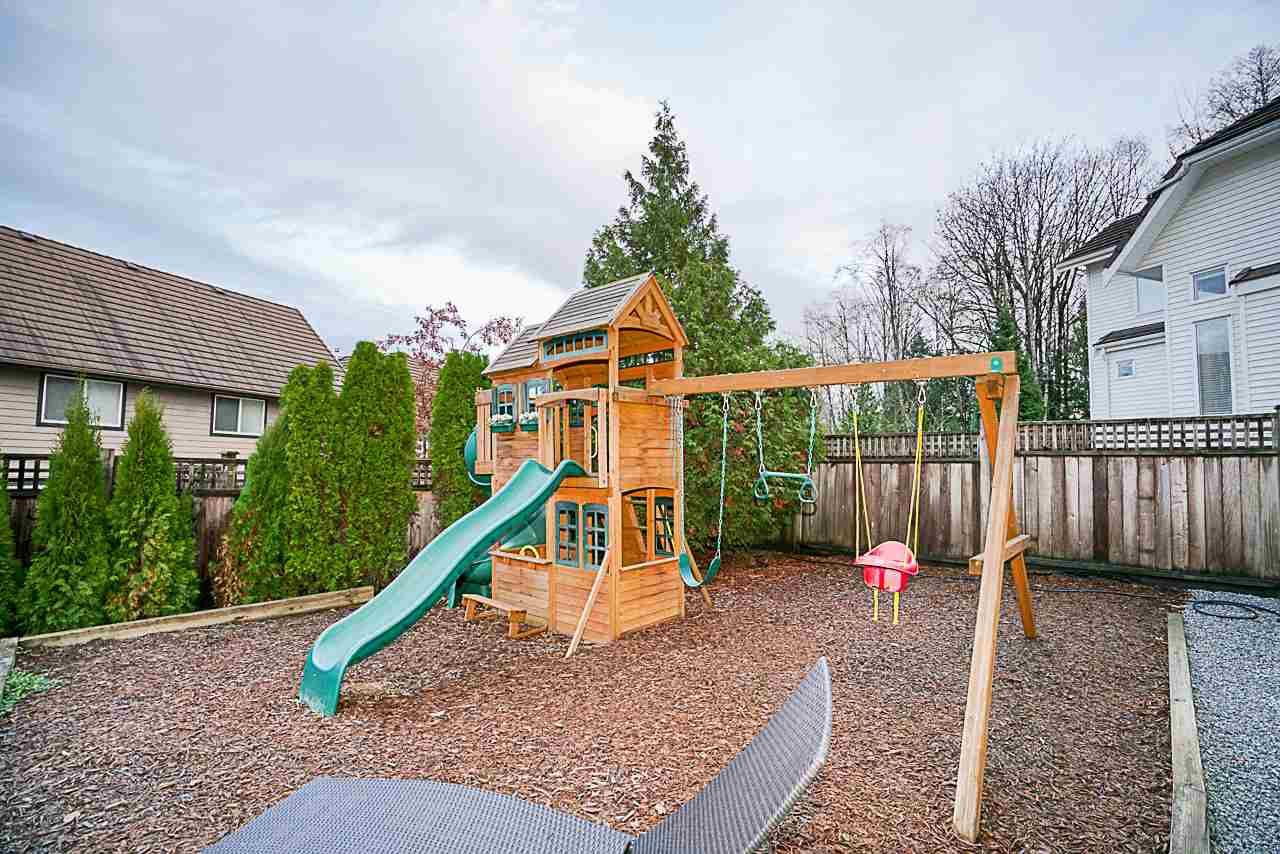 """Photo 19: Photos: 15594 113 Avenue in Surrey: Fraser Heights House for sale in """"The Vistas"""" (North Surrey)  : MLS®# R2225856"""