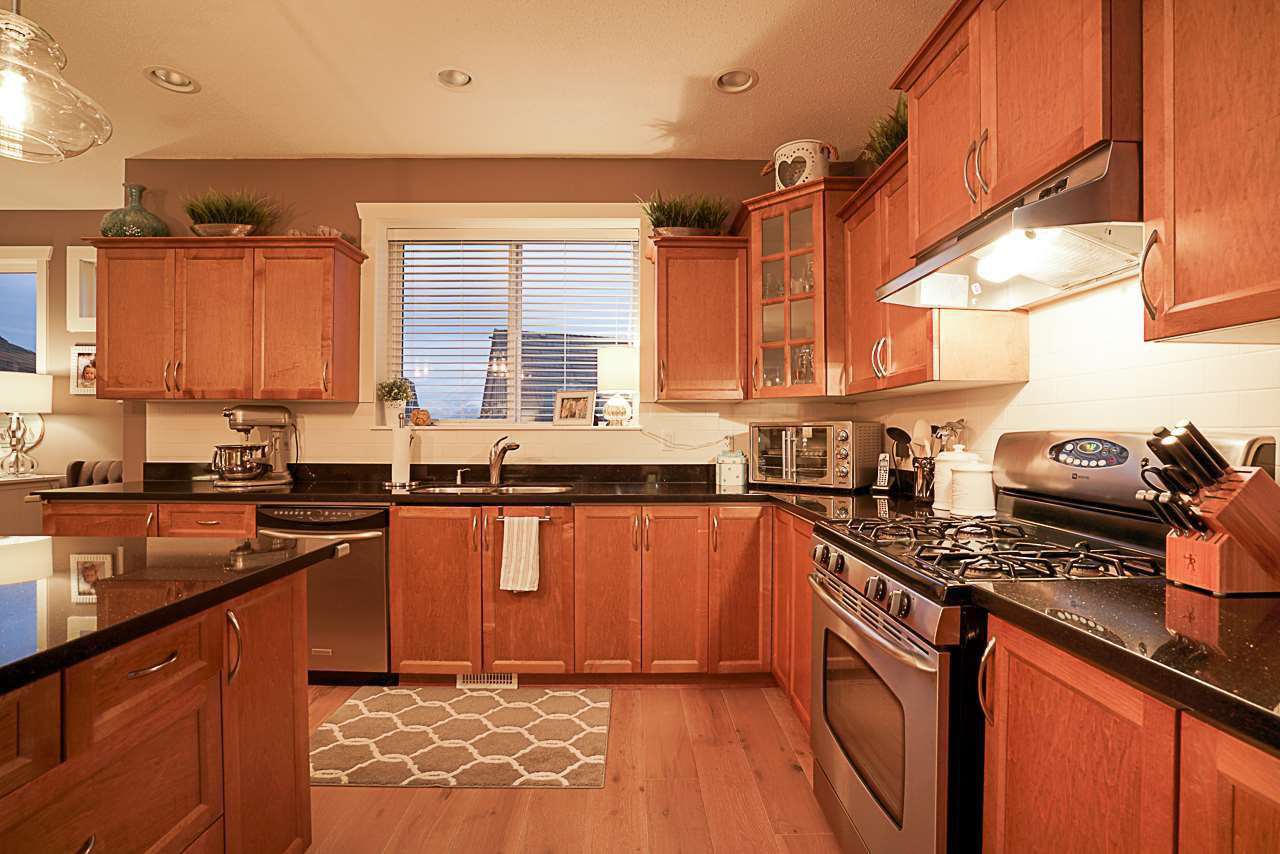 """Photo 6: Photos: 15594 113 Avenue in Surrey: Fraser Heights House for sale in """"The Vistas"""" (North Surrey)  : MLS®# R2225856"""