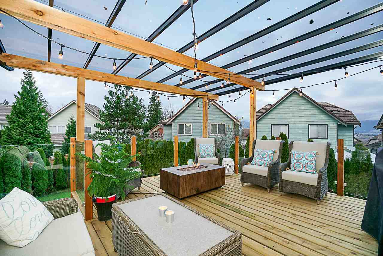 """Photo 18: Photos: 15594 113 Avenue in Surrey: Fraser Heights House for sale in """"The Vistas"""" (North Surrey)  : MLS®# R2225856"""