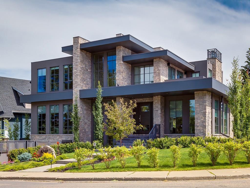 Main Photo: 4248 BRITANNIA DR SW in Calgary: Britannia House for sale : MLS®# C4145188