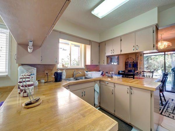 Photo 4: Photos: 5803 ANCHOR Road in Sechelt: Sechelt District House for sale (Sunshine Coast)  : MLS®# R2242489