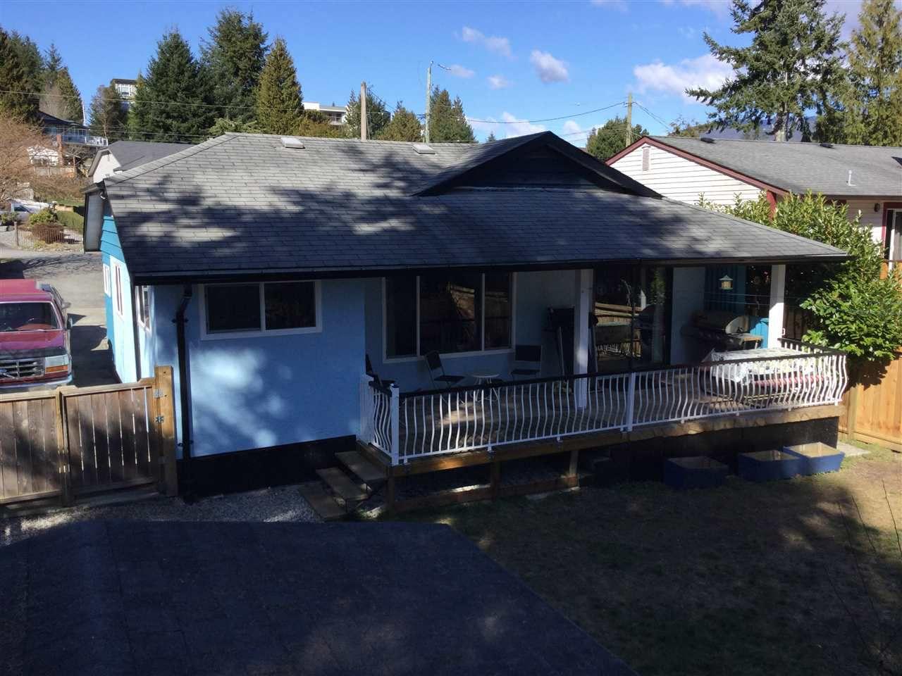 Photo 1: Photos: 5803 ANCHOR Road in Sechelt: Sechelt District House for sale (Sunshine Coast)  : MLS®# R2242489
