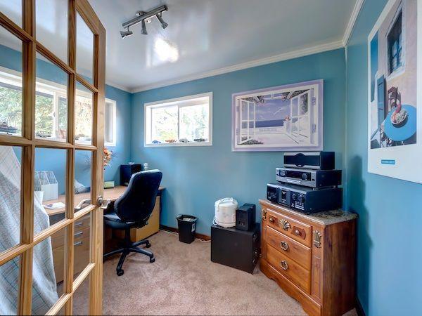 Photo 11: Photos: 5803 ANCHOR Road in Sechelt: Sechelt District House for sale (Sunshine Coast)  : MLS®# R2242489