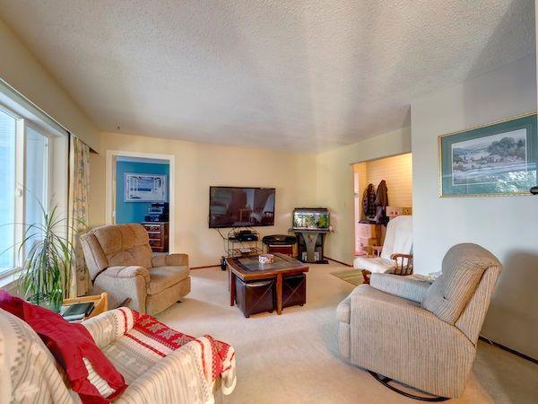 Photo 8: Photos: 5803 ANCHOR Road in Sechelt: Sechelt District House for sale (Sunshine Coast)  : MLS®# R2242489