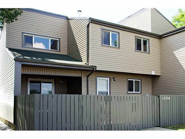 Main Photo: 1754 LAKEWOOD Road in Edmonton: Zone 29 Townhouse for sale : MLS®# E4106516