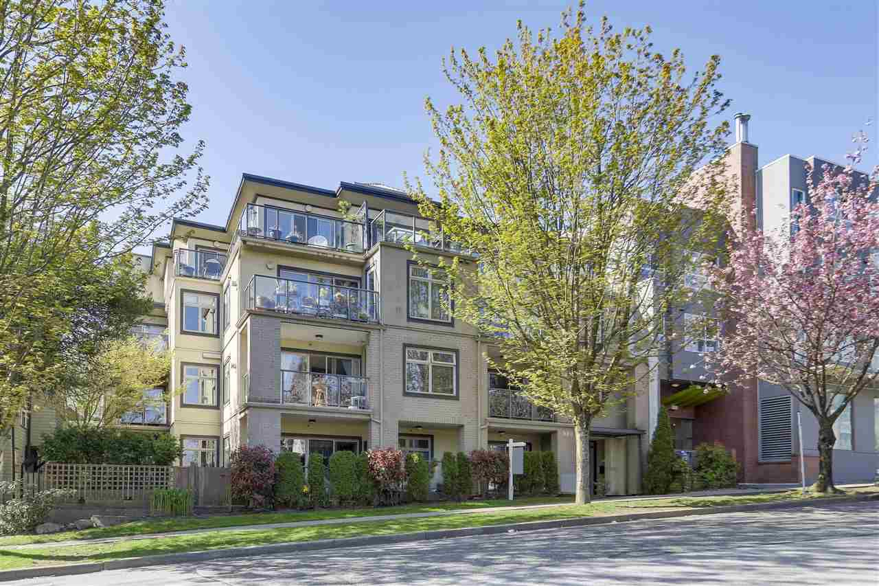 """Main Photo: 204 980 W 21ST Avenue in Vancouver: Cambie Condo for sale in """"OAK LANE"""" (Vancouver West)  : MLS®# R2262382"""