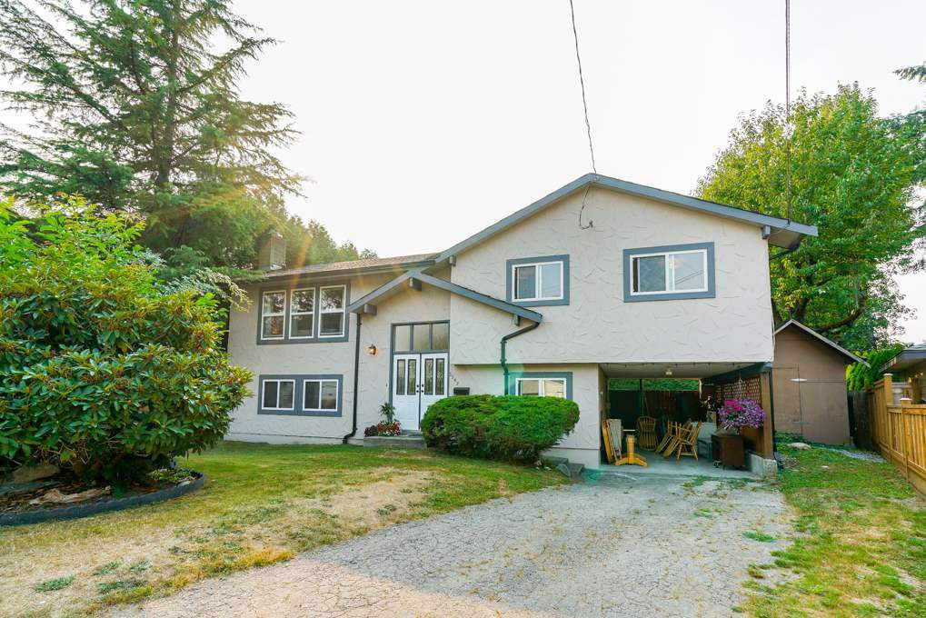 Main Photo: 3547 HANDLEY Crescent in Port Coquitlam: Lincoln Park PQ House for sale : MLS®# R2299802