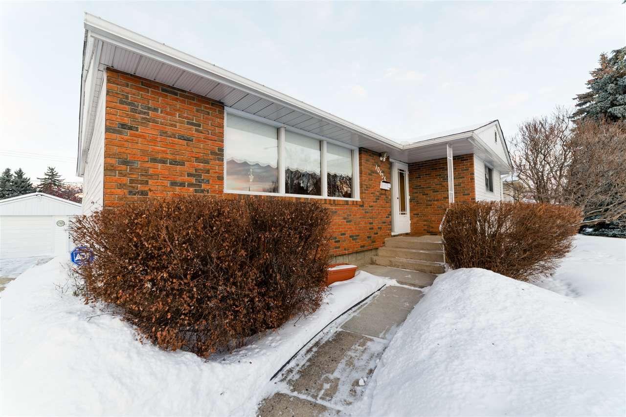 Main Photo: 10636 63 Street in Edmonton: Zone 19 House for sale : MLS®# E4140996