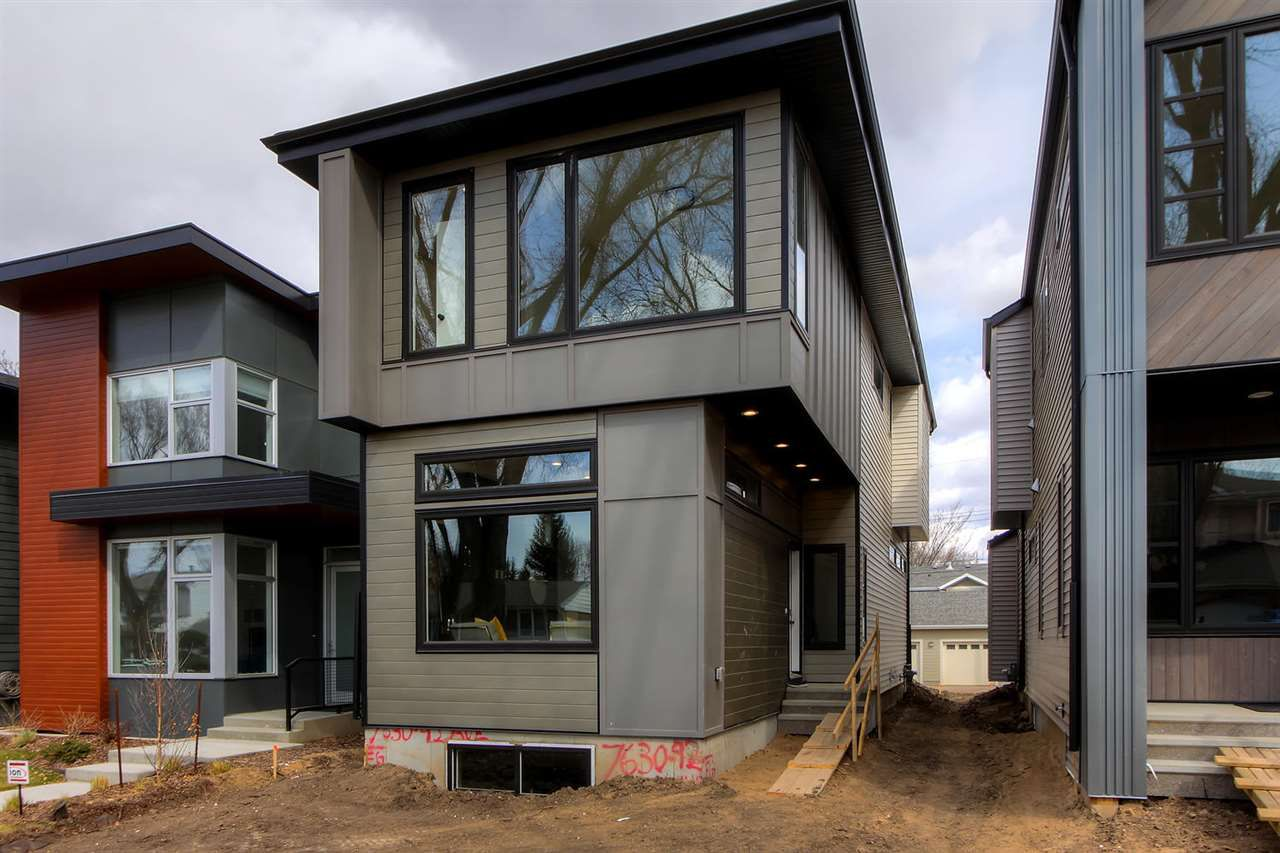 Main Photo: 7630 92 Ave in Edmonton: Zone 18 House for sale : MLS®# E4154303