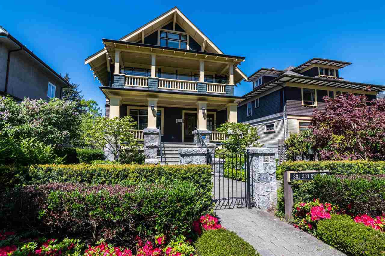 "Main Photo: 333 W 11TH Avenue in Vancouver: Mount Pleasant VW Townhouse for sale in ""CONDIE HOUSE"" (Vancouver West)  : MLS®# R2369076"